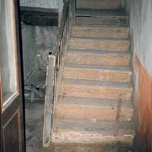 avant travaux; escalier rez-de-chaussée